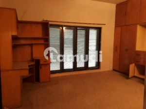 F11 Original Pic 3beds Separate Upper Portion For Rent