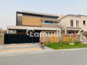 1 Kanal Fabulous Design Bungalow Sale In Very Hot Location And Cheap Price Phase 6