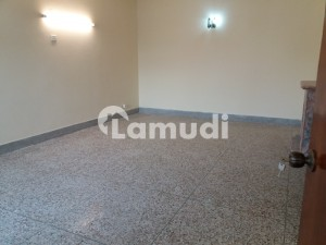 500 Sq Yards Upper Portion For Rent In G10