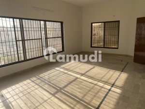 5400  Square Feet Upper Portion For Rent In The Perfect Location Of Federal B Area