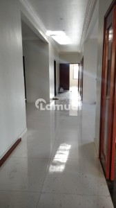 Old 400 Square Yards House For Sale In North Nazimabad