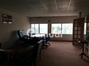 800sqft Space Available For Rent In F-7 Markaz