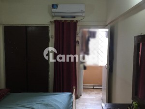 810  Square Feet Flat Available In Gulshan-E-Iqbal Town For Sale