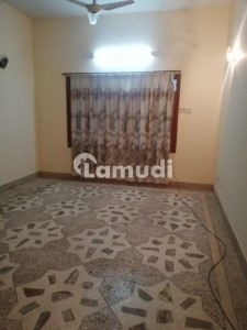 Semi Independent Bungalow For Rent 600 Sq Yards Sector 14 A