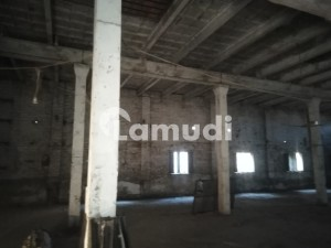 Factory Of 23 Marla For Rent In Saifabad