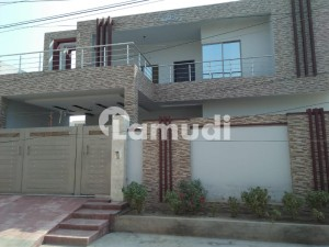 16 Marla House For Sale In Madina Town