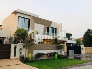 1 Kanal Straight Line Most Attractive Elevation Bungalow Located In Phase5 Block H Near To Mosque