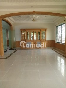4500  Square Feet Upper Portion For Rent Is Available In G-11