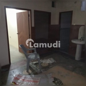 Good 550  Square Feet Flat For Rent In Kacha Lawrence Road