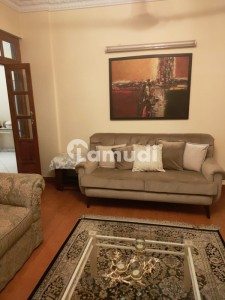 Spacious 2400  Square Feet Flat Available For Sale In Gulistan-E-Jauhar