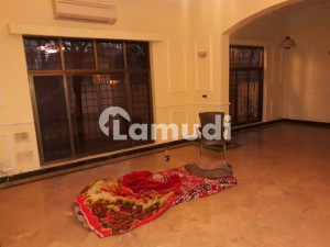 F-7 Double Storey House For Rent With Prime Location
