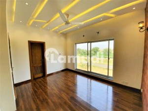 DEFENCE 5 MARLA BRAND NEW BUNGALOW IDEAL LOCATION REASONABLE PRICE