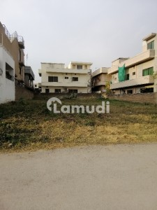 E 11 Mind Blowing Location What A Outstanding Level Plot With Extra Land For Sale