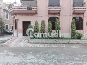 House In Allama Iqbal Town For Sale