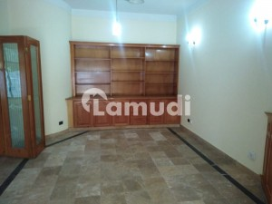 F8 500 Sqyd House 6 Bedrooms With Attached Bathrooms Available For Rent