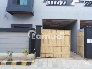Beautifully Constructed House Is Available For Rent In Shalimar Colony