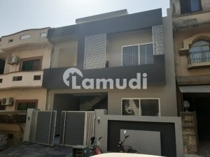 E11 25x60 Double Units 4 Bedrooms Beautiful House For Sale