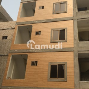 450  Square Feet Spacious Room Is Available In Jail Road For Rent