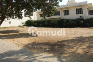 Classy Location 1000 Yard Residential Plot Is Up For Sell On 17th Street Of Phase 6