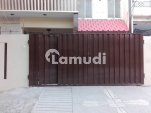 10 Marla Lower Portion Situated In Allama Iqbal Town For Rent