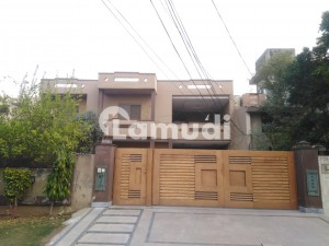 House For Sale In Beautiful Township