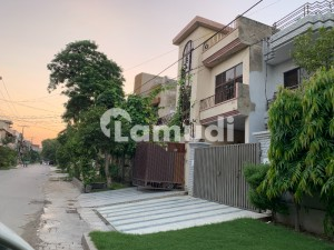 1 Kanal Commercial Building In G3 Block On Very Hot Location