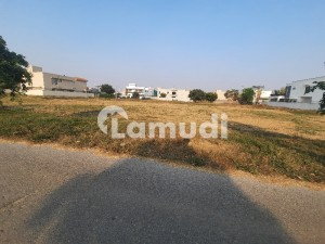 1 Kanal Beautiful and Ideal Plot for Sale Plot no 703