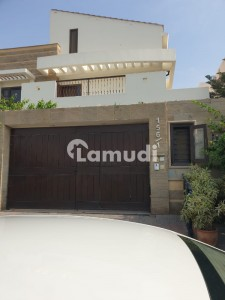 Vip House For Sale In Dha 8 Main Shujaat