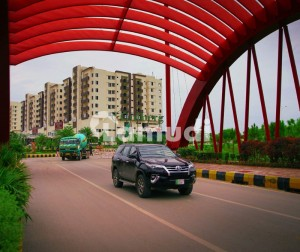 L Block Gulberg 30x60 Developed With Possession Able Plot For Sale