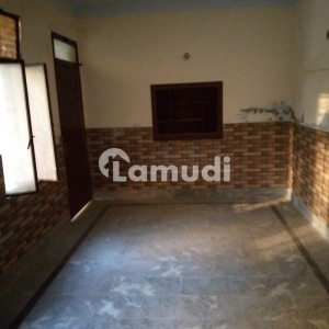Good 1125  Square Feet Lower Portion For Rent In Allama Iqbal Town