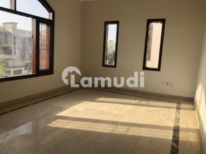 250sq Yard House Available For Rent In Dha Phase 7