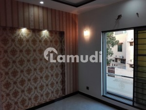 In Bahria Town House For Rent Sized 5 Marla