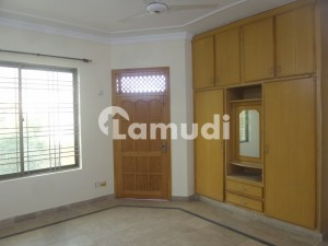 7 Marla Upper Portion In  For Rent At Good Location