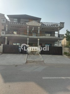 Triple Storey 11 Bedroom House For Sale Pictures Attached Direct Deal