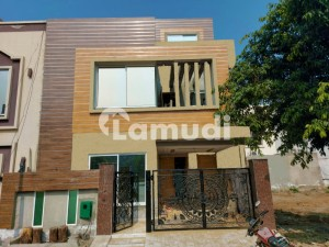 5 Marla Brand New House Sector D Block BB Bahria Town Lahore