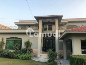 2 KANAL SPANISH OWNER BUILD BUNGALOW FOR SALE BY SYED BROTHERS