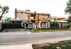 2 Kanal Brand New Spanish Bungalow For Sale