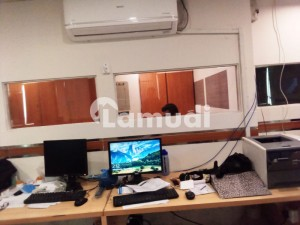 1650 Square Feet Furnished Office Gulberg