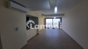 2 Bedroom Apartment With Study Room Partial Sea Facing 20th Floor