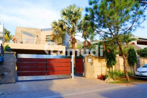 Syed Brothers Offers 2 Kanal Modern Design Bungalow For Sale In Dha Phase 1