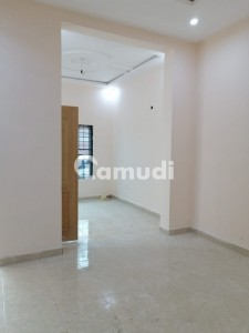 In Gulberg Lower Portion Sized 1125  Square Feet For Rent