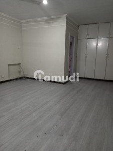 1 Kanal Ground Floor 2 Master Bed For Rent Dha Phase 1