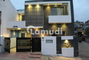 7 Marla Brand New Bungalow For Sale In Eden Velley