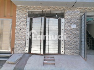 450  Square Feet House Available In Rasheed Town For Sale