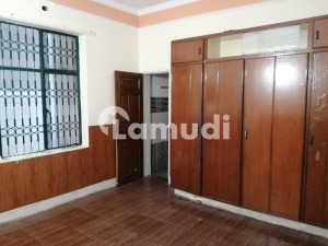 10 Marla Lower Portion In B2 Township Lahore