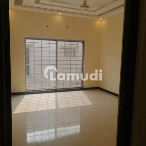 1 Kanal Upper Portion For Rent In State Life Housing Society