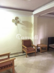 4 Bed Room Apartment For Rent