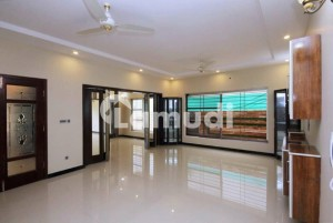 1 Kanal Brand New Lower Portion For Rent In Dha Phase 6 Lahore