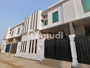 House For Sale In Beautiful Gandhra