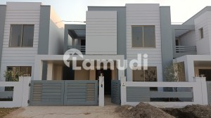 DHA Defence 9 Marla House Up For Sale